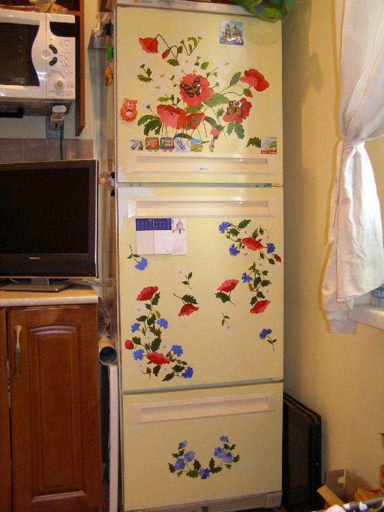 Ненужный холодильник