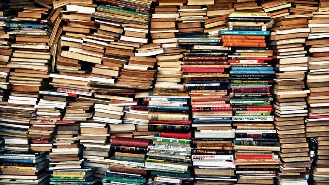 Куда можно сдать книги за деньги?